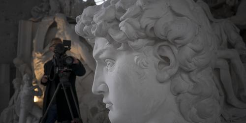 36 Filming at Studio Nicoli Carrara -® David Bickerstaff